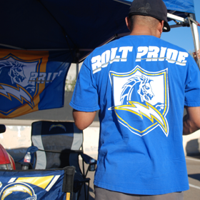 Hall of Fame Tailgate Bolt Pride